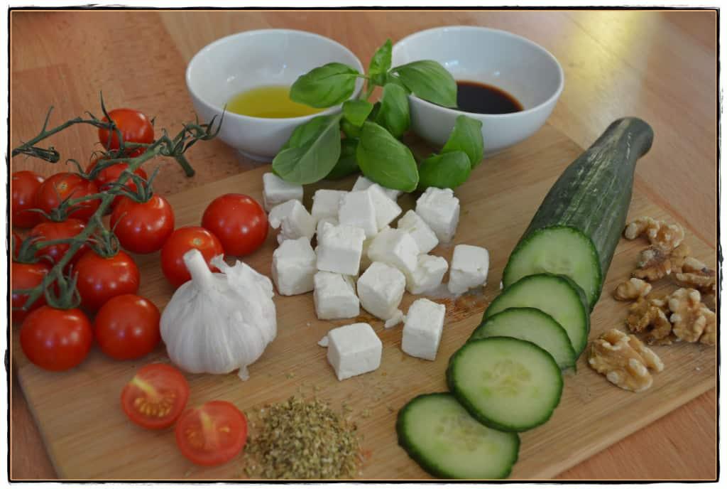 schnelles Mittagessen Griechischer Salat Nicer Dicer