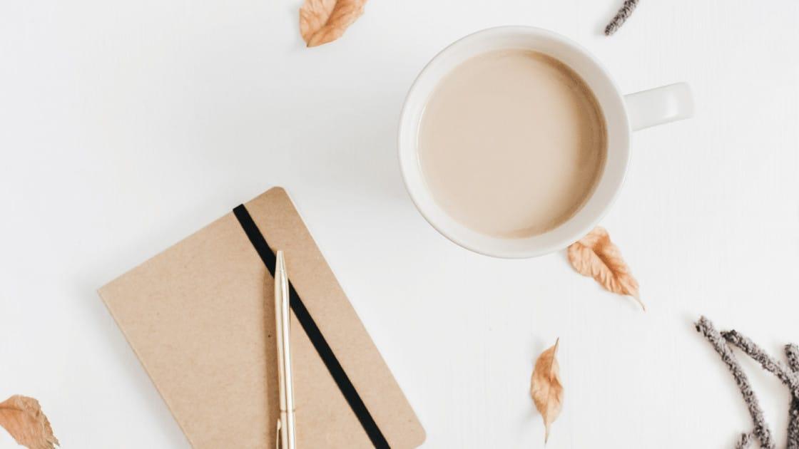 Bullet Journal und Kaffee